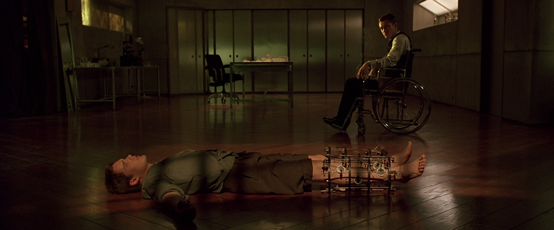 Analysis and Review of Andrew Niccol's Film Gattaca